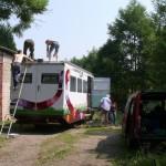 Ottmar und Dietmar sind eingetroffen. Jetzt steigen wir dem Bus aufs Dach.
